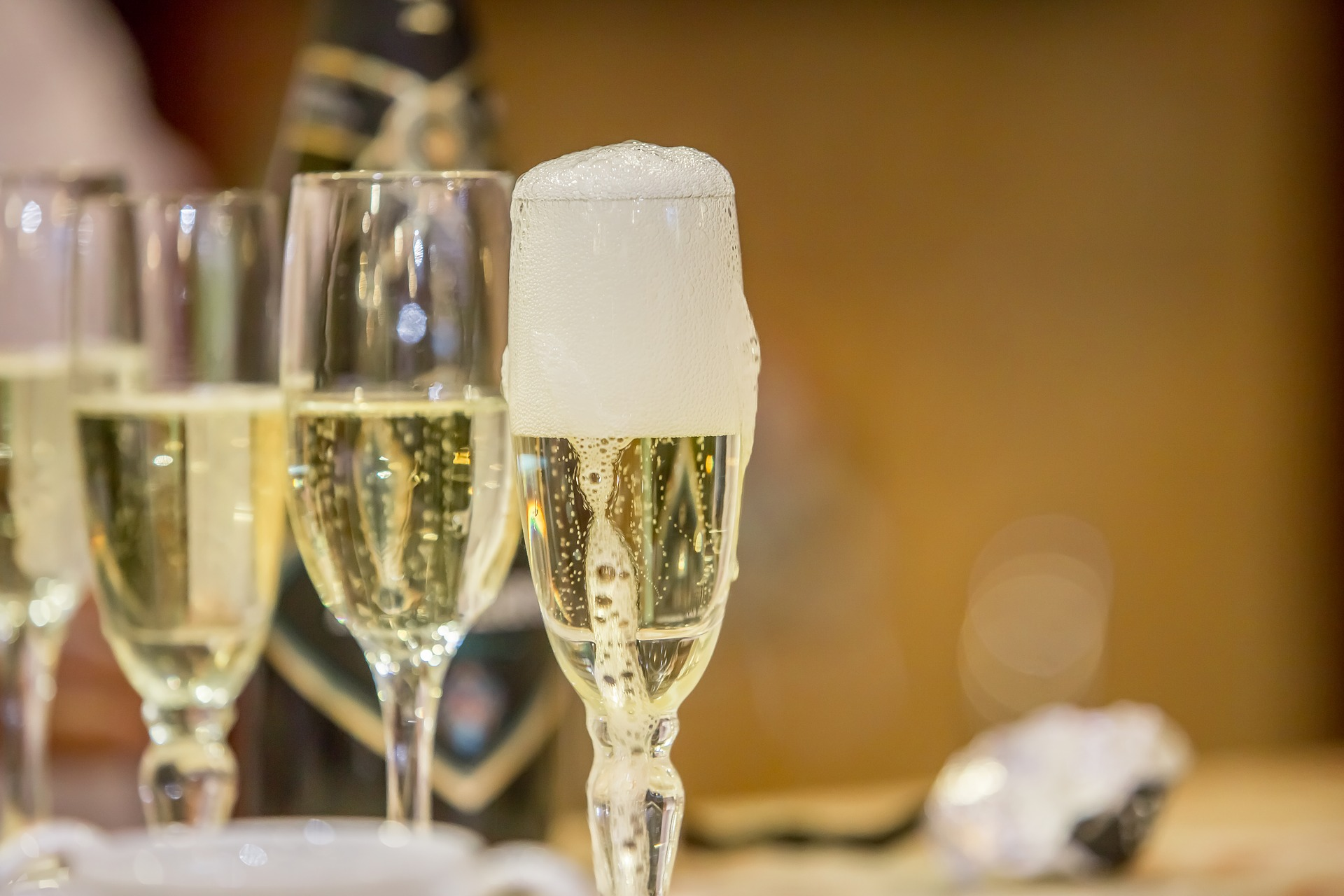 Champagne Glass Options For You To Buy